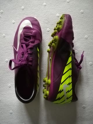 Zapatillas Nike fútbol número 35