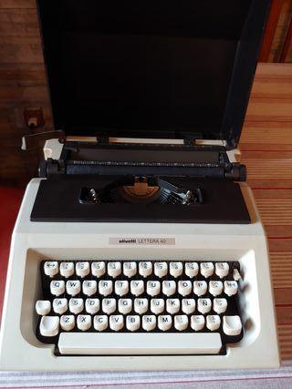 Olivetti Lettera 40