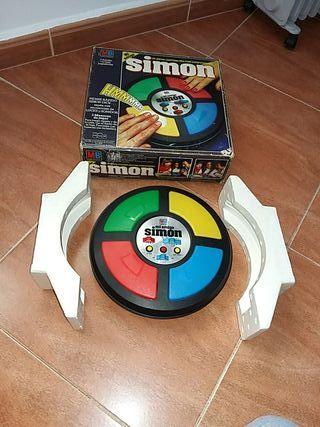 simón MB 1981