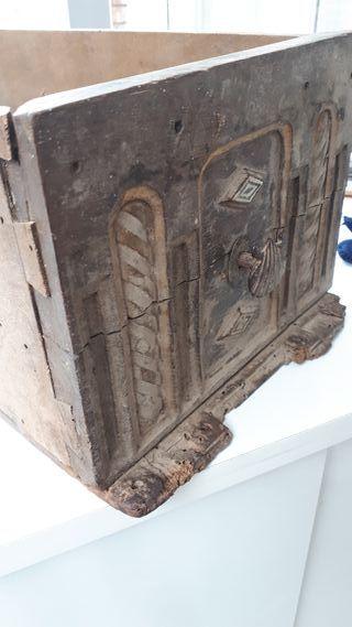 Cajón madera antiguo