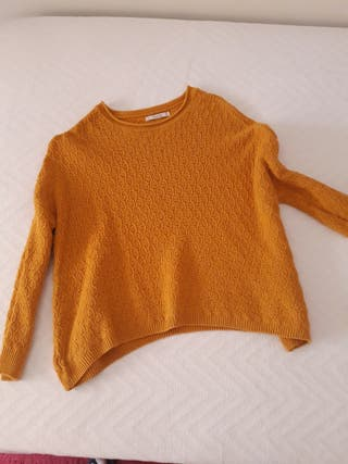 Jersey color mostaza PULL AND BEAR