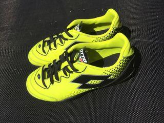 Zapatillas de fútbol niño