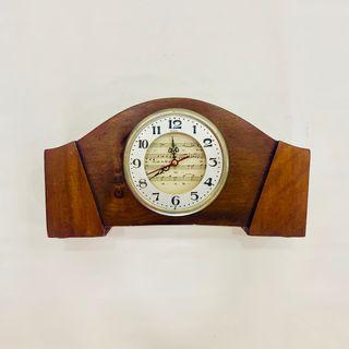 Reloj VINTAGE Madera