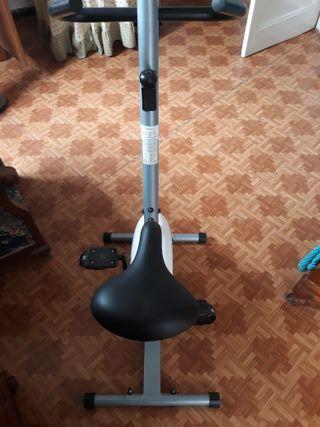 Bicicleta estática sin uso