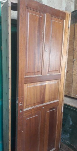 puerta exterior 216x82 ancho