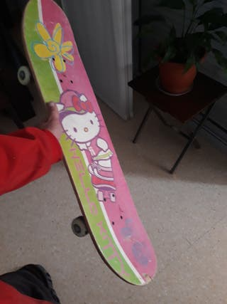 "monopatin, skate ""kittie"""