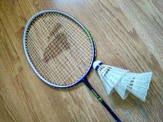 Raqueta Badminton marca First