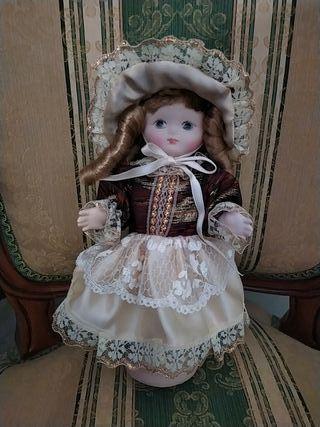 Muñecas porcelana Ramón Inglés