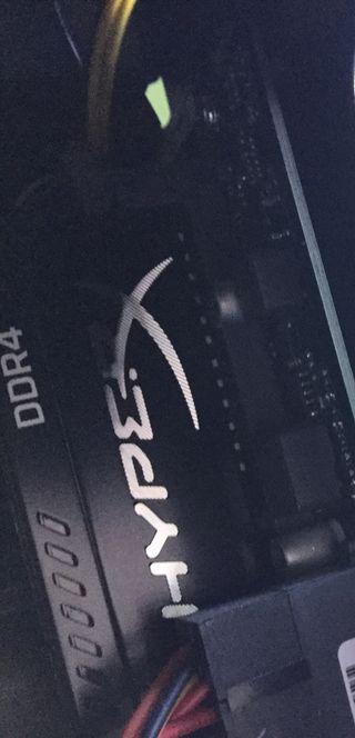 RAM PC DDR4 HYPERX FURY 8GB 2400 CL15 288