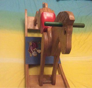 Caballo balancín de madera, mecedor, columpio