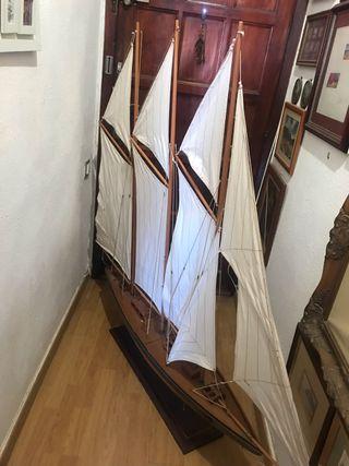 Vendo barco de vela de decoración