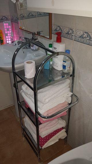 Estantería toallas baño
