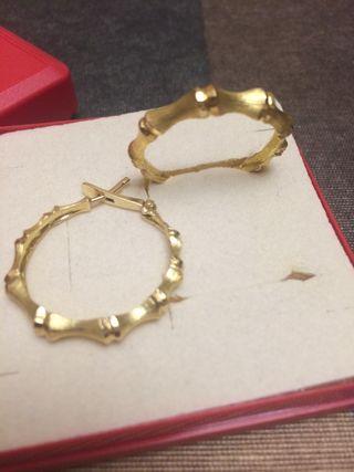 093f484391d7 Pendientes aro de oro de segunda mano en Barcelona en WALLAPOP
