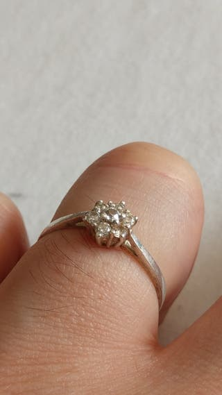 69cf1db9673d Anillo plata diamante de segunda mano en WALLAPOP