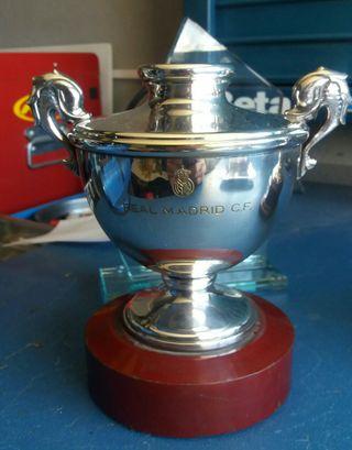 Real Madrid copas y trofeos plata y cristal