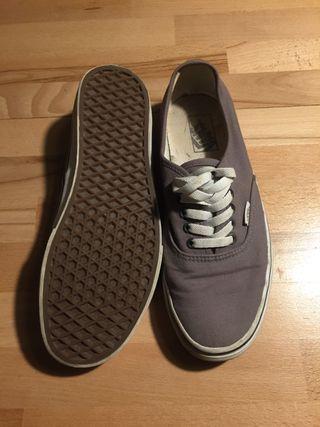 Zapatillas Vans Authentic talla 42.5