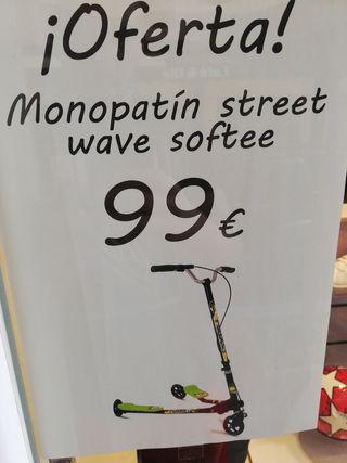 monopatín street wave