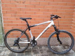 Bicicleta RockRider 5XC
