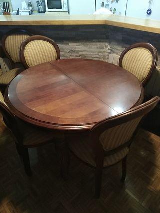 mesa clásica extensible