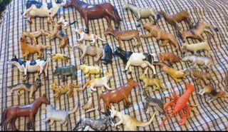 lote de animales y insectos de juguetes