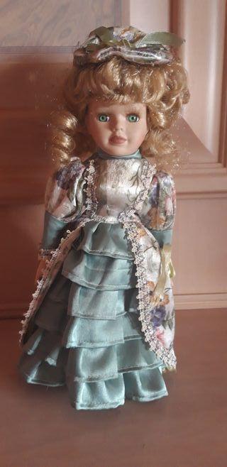 Muñeca antigua de colección