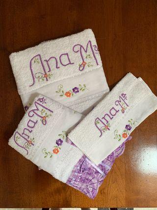 Juego de toallas bordado