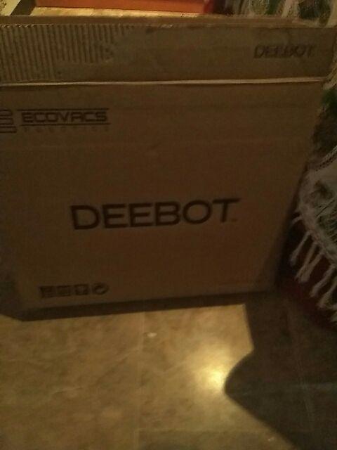 Robot limpiador DEEBOT
