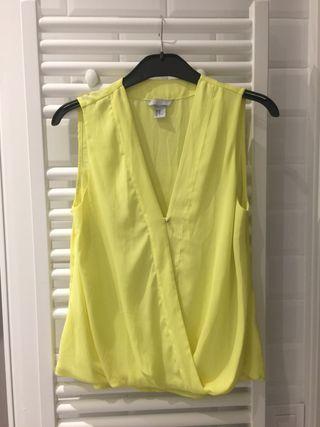 NUEVO - blusa amarilla H&M talla S