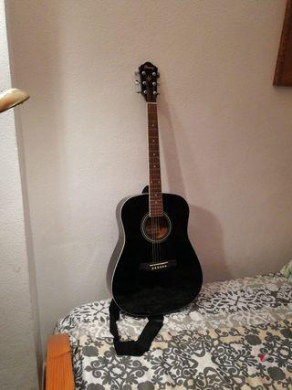 Guitarra Ibáñez rota