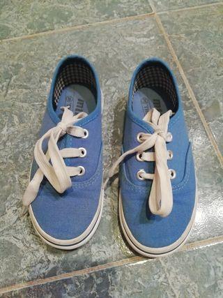 zapatillas niño T. 29