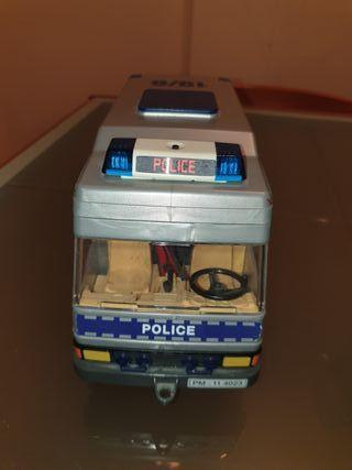 Furgón Policial Playmobil