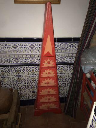 Mueble pirámide