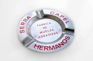 Cenicero de aluminio. Serra Capel Hermanos