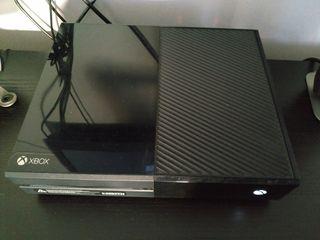 Xbox one 500gb 1 Mando en perfecto estado