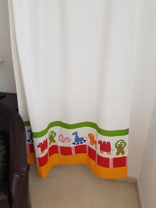 Juego 2 cortinas infantiles Ikea. Regalo riel.