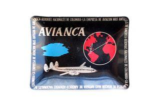 Cenicero Linea Aerea AVIANCA. Con detalle azul