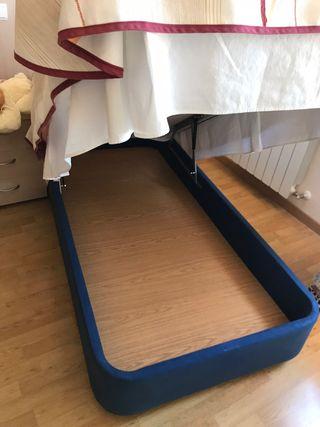 Canapé y colchón semi nuevo