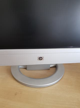 Monitor color HP va 19