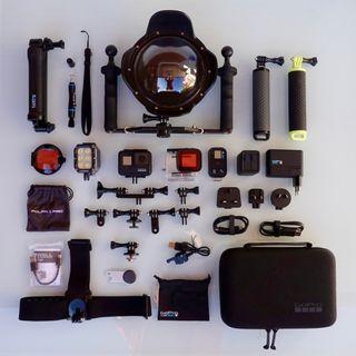GoPro HERO 7 Black con accesorios submarinismo