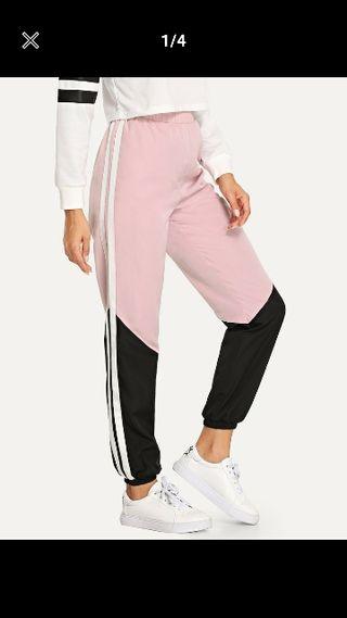 a29059d4d6 Pantalones impermeables de segunda mano en WALLAPOP