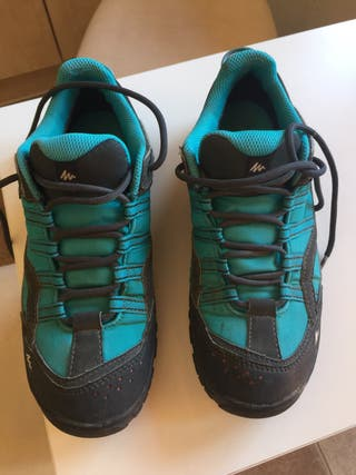 Zapatillas de andar , de mujer. Talla 36