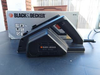 cepillo eléctrico madera black and decker