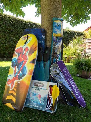 2 tablas surf,cometa, juego balmington y dardos.