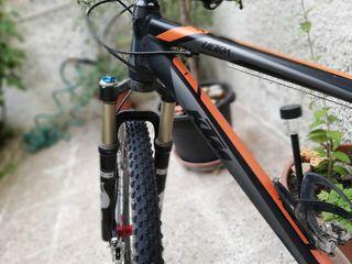 """Bicicleta de montaña 29"""" talla L KTM Ultra race"""