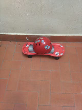 skate y casco niño