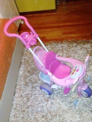 Triciclo Feber Nenuco