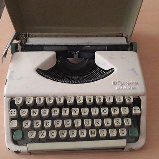 máquina de escribir olympia splendit 33