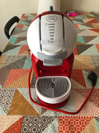 Cafetera dolce gusto mini me KP1205