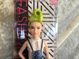 Barbie fashionistas 124 inusual