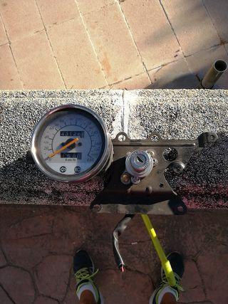 Reloj velocímetro Daelim Daystar 125